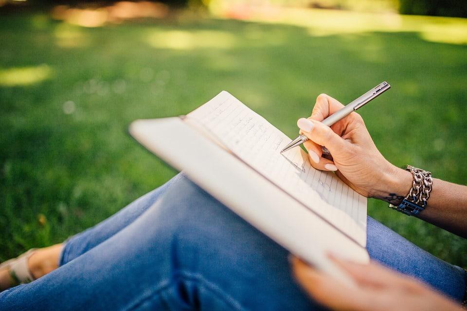 Pišite bloge, tudi za druge